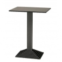Tables hautes